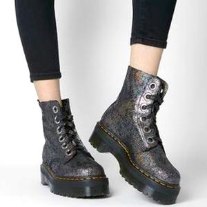 NEW DR MARTENS MOLLY IREDECENT CRACKLE LEATHER
